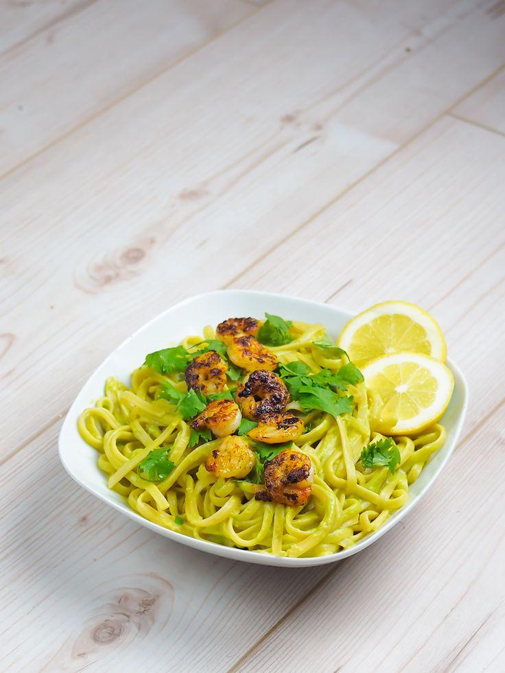 avocado pasta rezept recipe noodles avocadosauce healthy vegetarian veggie vegan 5 minute meal foodie food inspiration foodblog kochblog berlin samieze-2
