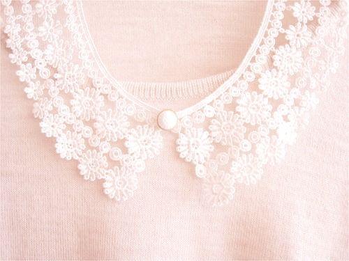 Lace collar.
