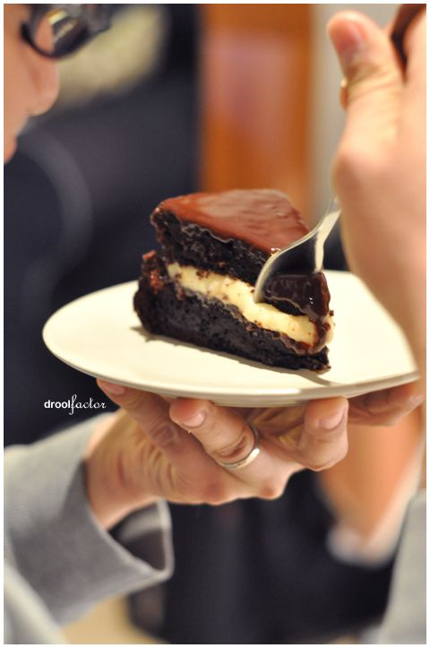 Cake With Chocolate Custard : 17 Best images about Cakes With Custard Filling on ...