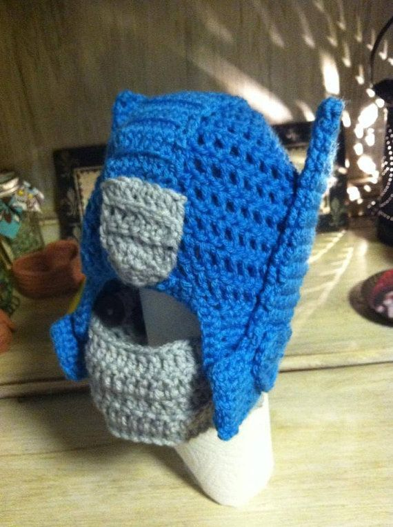 Crochet Pattern For Optimus Prime Hat : 17 Best images about transformers on Pinterest Bumble ...