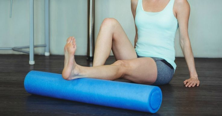 How to foam roll to prevent knee pain