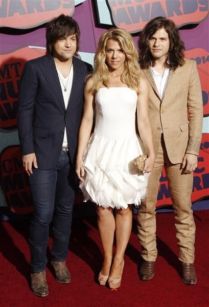 The Band Perry ~ 2014 CMT Music Awards