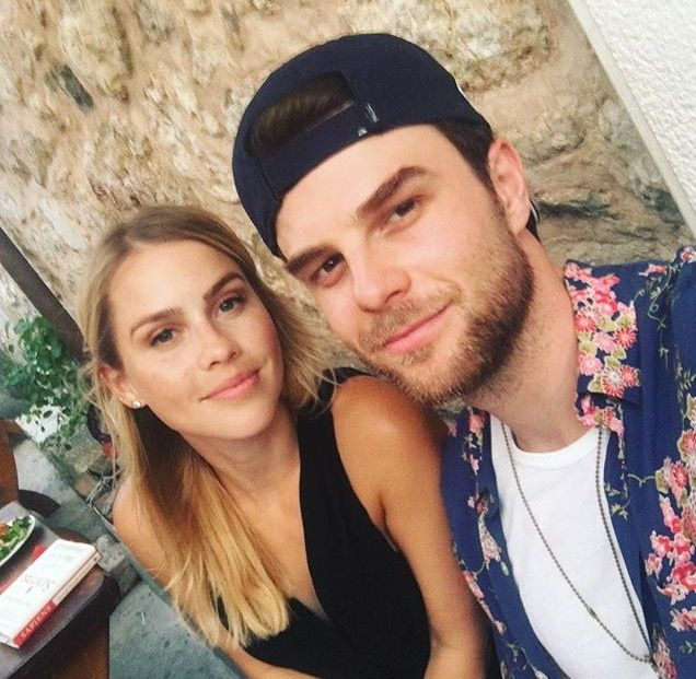 Claire ran into Nate in Paris. 6/28/2017