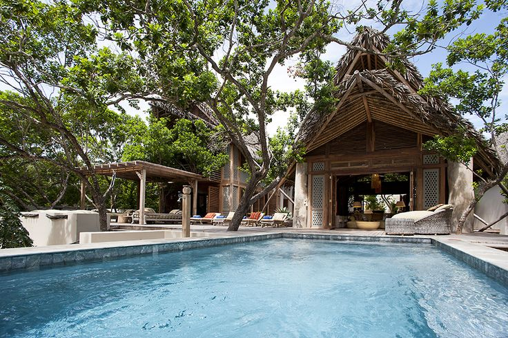The ultimate in 'shipwreck chic', Suluwilo has been designed with natural materials like timber, thatch & driftwood. #SecretAfrica #Mozambique