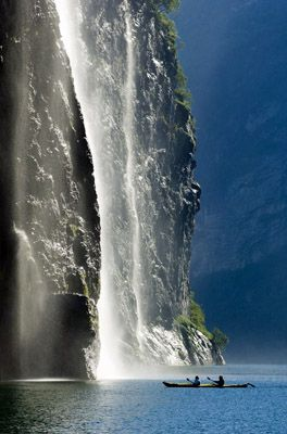 more norwegian fjords...