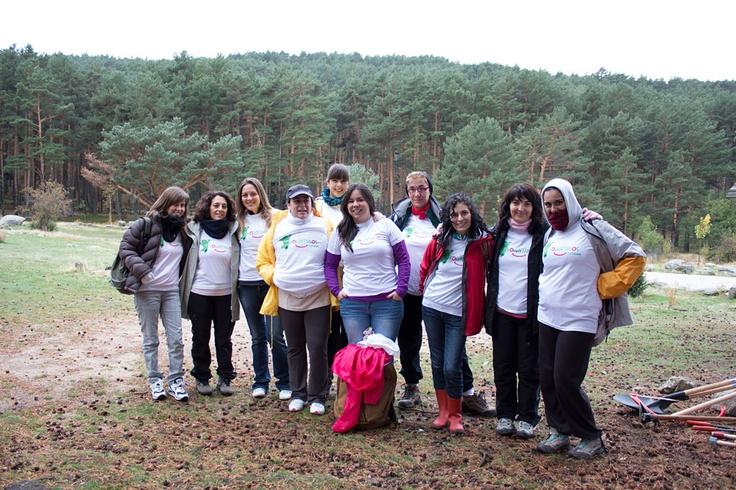 Voluntarias Cetelem en Canencia colaboraron en la adecuación de una senda ecológica