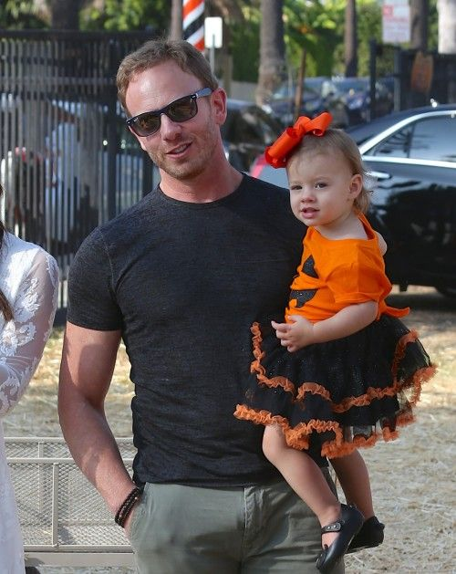 Ian Ziering & Family: Halloween Fun