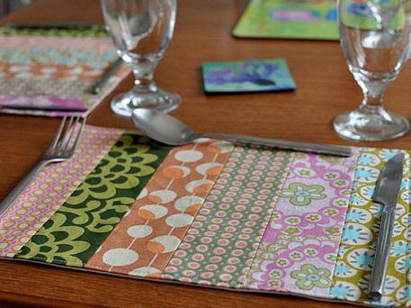 thanksgiving crafts, strip quilt handmade placemat