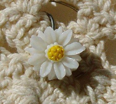 #summerwedding hair spins.  Daisy Hair Swirls in Summer  Wedding White by hairswirls1 on Etsy, $8.99