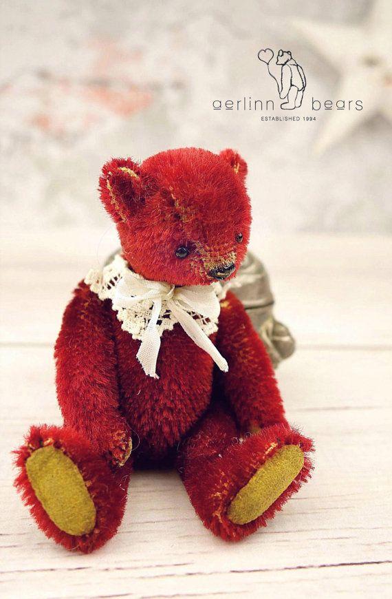 Meeka rode miniatuur Mohair kunstenaar teddybeer door aerlinnbears