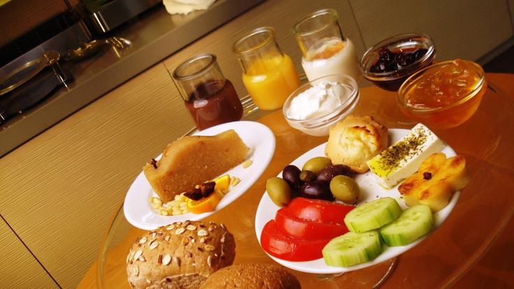 Breakfast for us is a serious and fun business!!! And the chance to know the gastronomic wealth of our country and taste at breakfast the innumerable Greek products and dishes which are at the heart of the Mediterranean Diet. #Greekbreakfast #ellinikoproino #Central Athens Hotel