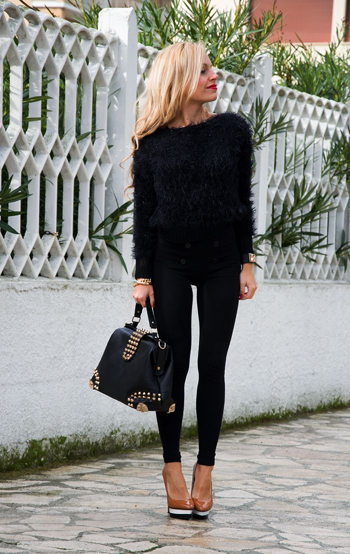 good high waisted jeans winter outfit