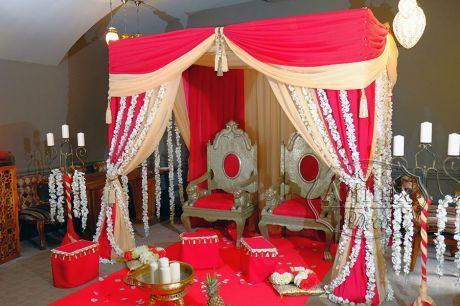 Свадьба в индийском стиле под шатром
