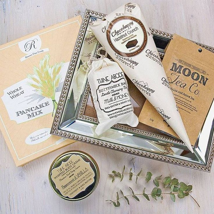 Beautiful packaging all around! I would love to receive this!  Image via @pacificbasket   #chocohappy #giftbasket #giftbox #chocolate