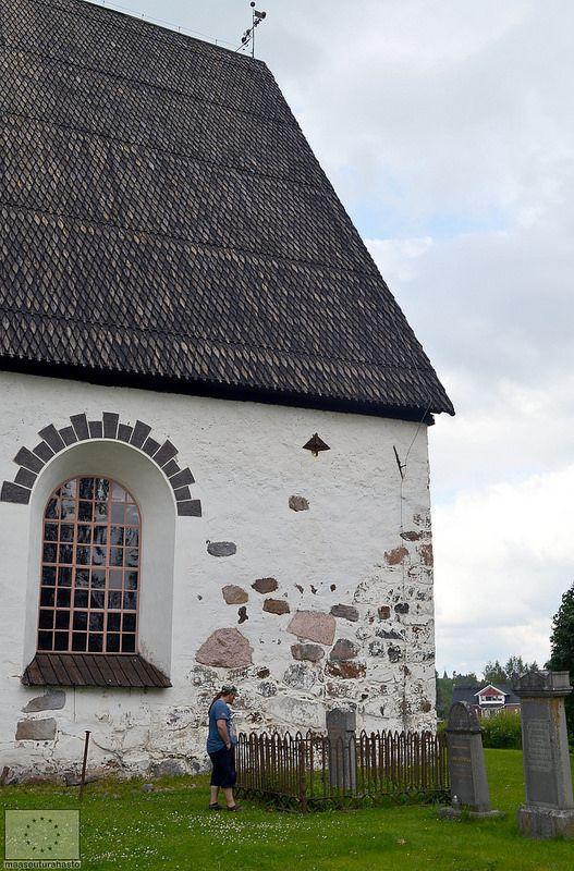Isonkyrön vanha kirkko, Suomi Finland © Saana Kormano, 2013 | http://fi.wikipedia.org/wiki/Isonkyr%C3%B6n_vanha_kirkko