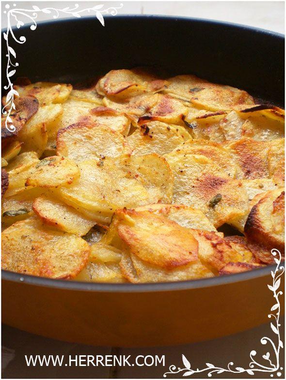 Fırında Patates Kızartması-fırında patates cipsi,az yağla kızartma,fırında patates,1 kaşık yağla kızartma,çıtır çıtır patates,fırında patates kızartma çeşitleri,patates çeşitleri,kahvaltılık,fırında patates kızartması nasıl yapılır,patates kızartma,sağlıklı patates kızartması,şişte patates kızartması,elma dilimi,haşlanmış patates kızartması,az yağla kolay patates kızartma,Stainless Steel Potato Slice,