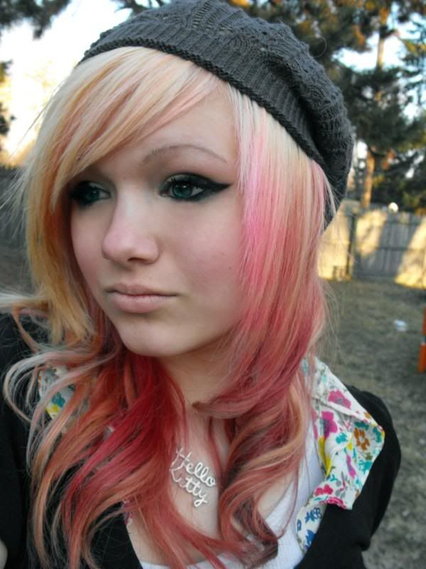 pictures of emo hairstyles for girls | ... is an example of Emo girl in red hairstyles for your reference