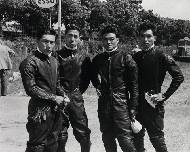 Honda Riders (1959 The Isle of Man TT) (from left) Junzo Suzuki, Naomi Taniguchi, Giichi Suzuki, Teisuke Tanaka