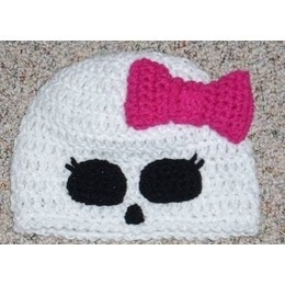 Skully beanie i want one!!!!!