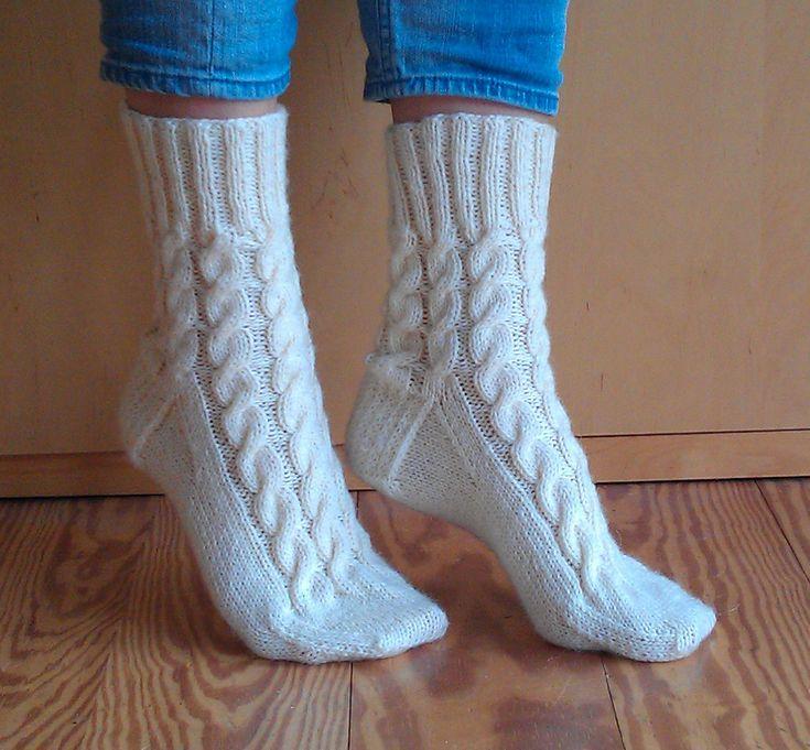 2198 besten knit socks and slippers Bilder auf Pinterest ...