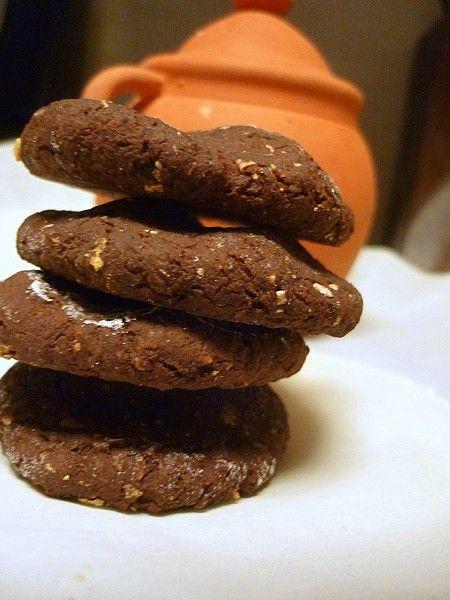Шоколадные печенья из черных бобов - Chocolate Black Bean Cookies