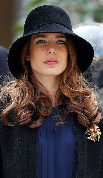 Carlota Casiraghi - hairstyle for civil wedding