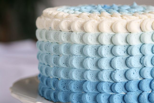 Blue Ombre Petal Cake Tutorial from @The Hungry HousewifeHungry Housewife, Ice Techniques, Frostings Techniques, Blue Ombre, Cake Decor, Blue Cake, Cake Tutorials, Petals Cake, Baby Shower