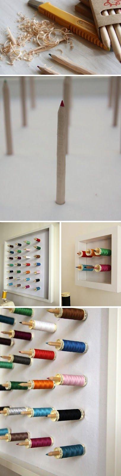 lápices atornillados a una base de madera puedes tener un organizador  de bobinas de hilo para coser.