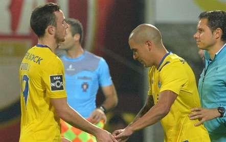 Maxi regressou aos relvados FC PORTO Depois de prolongada ausência por lesão, o lateral Maxi Pereira teve a oportunidade de fazer alguns minutos na vitória do FC Porto...