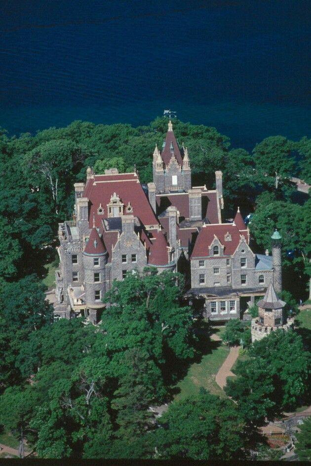 boldt castle in new yorks alexandria bay boldt castle