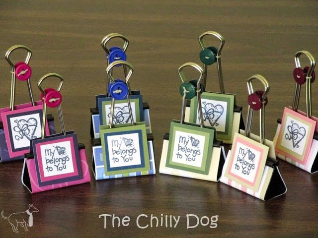 Binder Clip Photo Holders make great personalized party/shower favors or teacher/parent appreciation gifts and cost less than $1 a piece to make