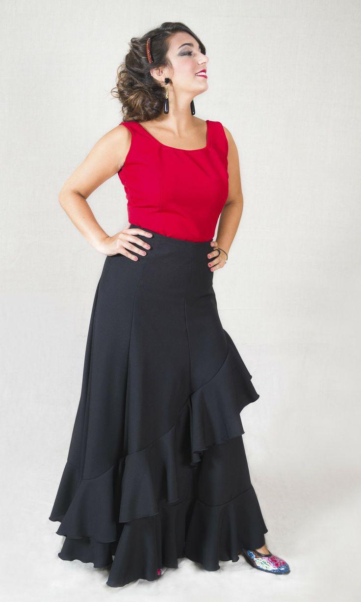 MODELO SIROCO - TFO http://www.tiendaflamencaonline.com/es/conjuntos-de-baile/303-modelo-sirocobaile-flamenco-conjunto-modelo-pendiente-saya-minifalda-refajo-enaguas-combinacion-pollera-halda-ladera-.html