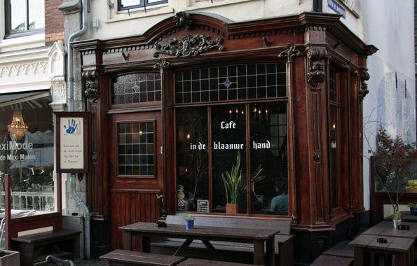 Café in de blaauwe hand, the oldest café in Nijmegen