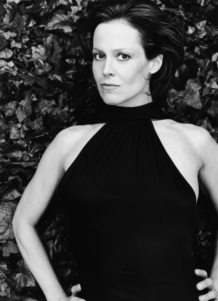 black singles in sigourney Posts about sigourney weaver written by  as an attempt by apple records to release a single-disc cd compilation of all of the beatles' number one singles .