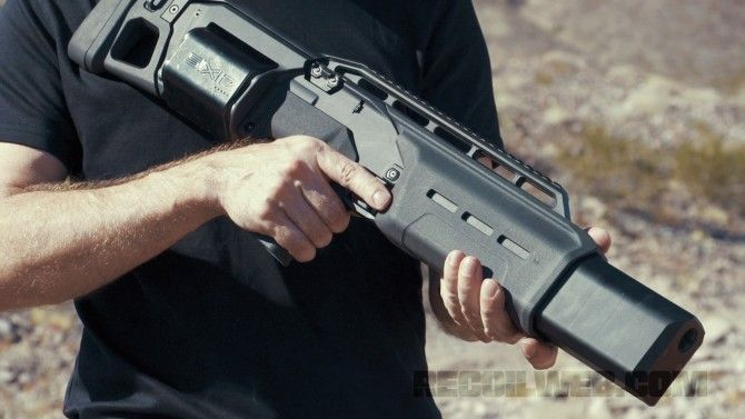 RECOILtv Gun Room Video: Vantage Arms SIX12 Shotgun