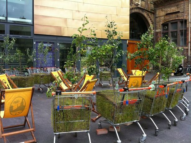 For the town of Bristol's Big Green Week, local residents created a pop-up Mobile Forest consisting of a fleet of a few dozen shopping carts planted with young trees.   Placed at different locations across the city center, the planted carts instantly transformed cold or neglected urban public spaces into inviting green oases and offered the public a moment to relax and view the city in a different, greener, way.  #Guerrilla_Gardens #mobile_garden #pop_up_forest