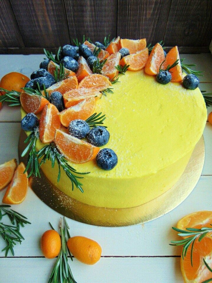 пример того, как украсить торт апельсинами фото определиться внешним