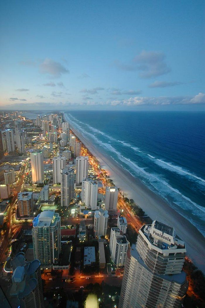 Amazing views from Skypoint observation deck at levels 77 and 78. Enjoy the views for yourself by booking your Surfers Paradise accommodation with GCHR: http://www.gchr.com.au/gold-coast-accommodation/q1-resort/