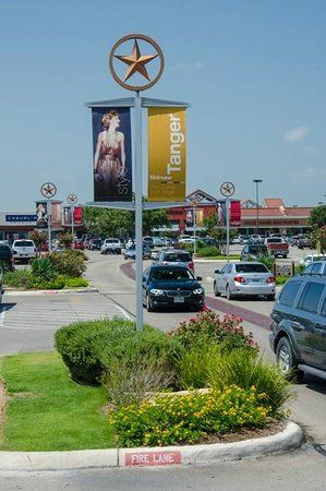Tanger Outlets San Marcos, San Marcos: See 277 reviews, articles, and 36 photos of Tanger Outlets San Marcos, ranked No.4 on TripAdvisor among 39 attractions in San Marcos.