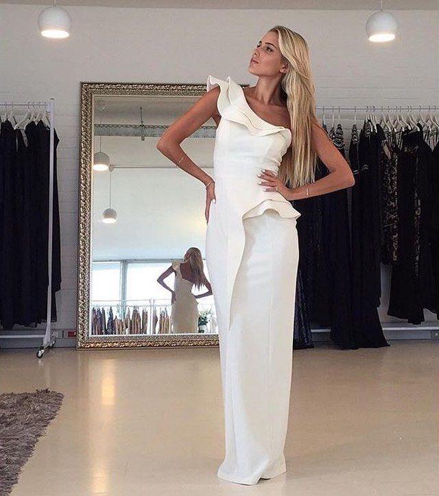 The Jadina Dress at @whiterunway - #whiterunway offers worldwide shipping!