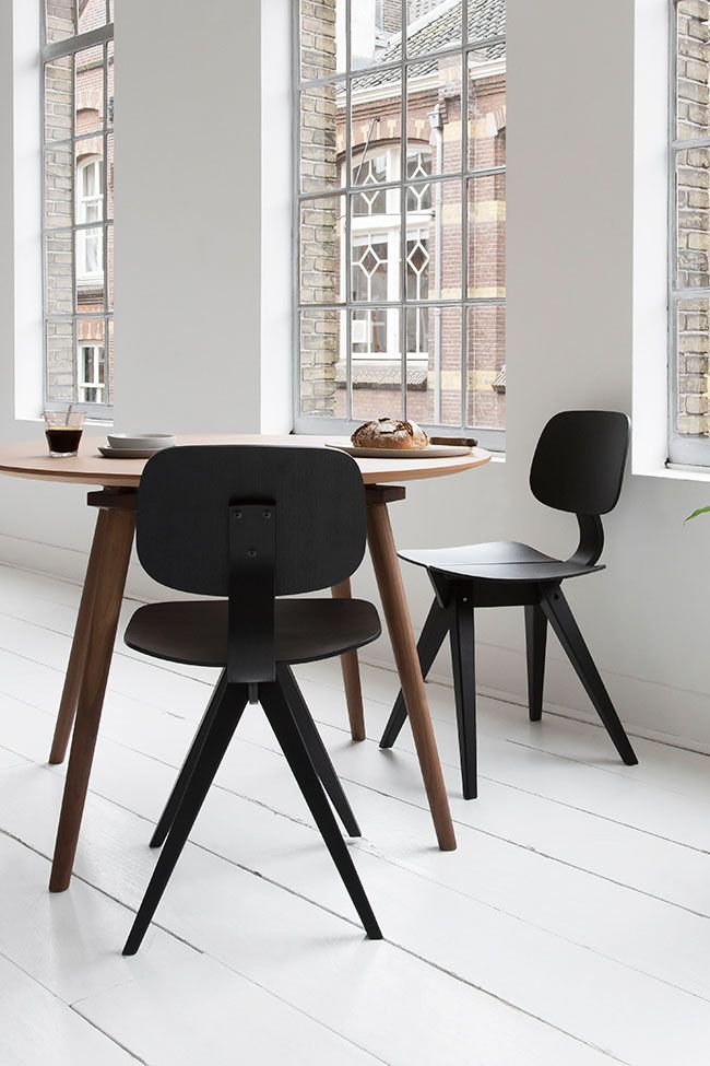 Best 25 Black round dining table ideas on Pinterest : 3b1b47cba046f2a9a08ea359c16b9454 dining table chairs round dining tables from www.pinterest.com size 650 x 975 jpeg 86kB