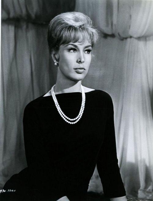 Barbara Eden 1964