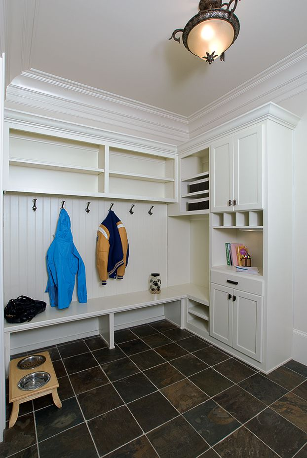 Mudroom with lockers by @DesignsbyBSB   Small drop area for mail, keys and other odds and ends