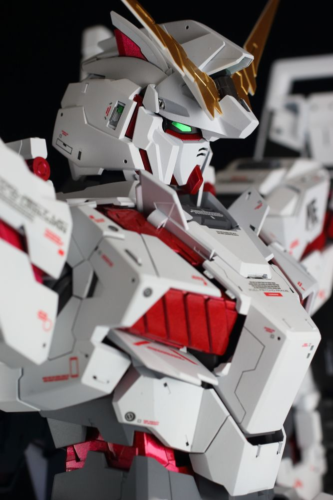 GUNDAM GUY: PG 1/60 Unicorn Gundam - Customized Build