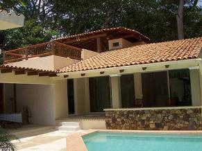Couple to house sit - Home with pool in Ixtapa      Location Nixtapa, residencial club de golf, zihuatanejo  Guerrero Mexico  Availability Apr 13,2013  For minimum of 6 months | Long Term  Not a member?Join today to contact   Beautiful new home in the club de golf area of Ixtapa. Looking for a couple. This home is fully enclosed and has a beautiful courtyard with pool. We are offering free ...