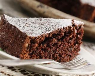 Gâteau Croq'Kilos au chocolat et à la betterave : http://www.fourchette-et-bikini.fr/recettes/recettes-minceur/gateau-croqkilos-au-chocolat-et-a-la-betterave.html