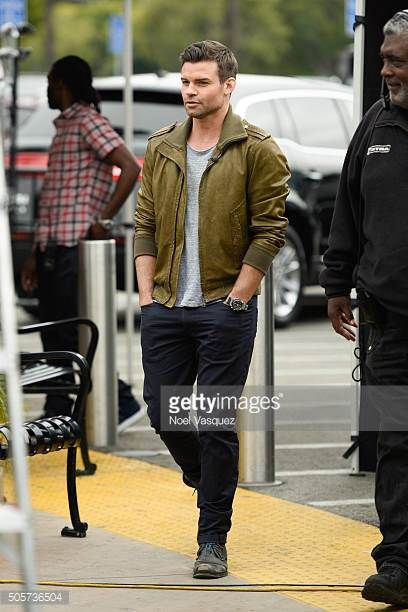 Daniel Gillies visits 'Extra' at Universal Studios Hollywood on January 19 2016 in Universal City California