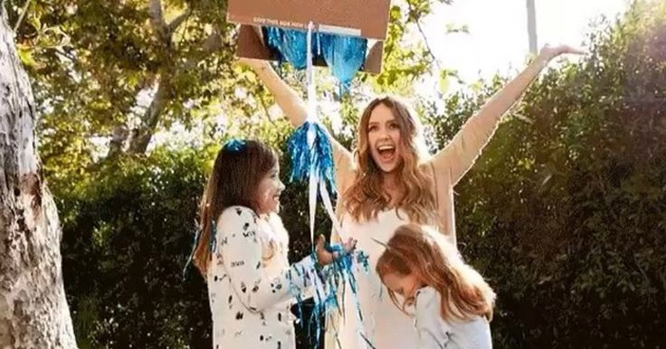 "It's a Boy! Jessica Alba Reveals She's Expecting First Son with Husband Cash Warren  Jessica Alba is having a boy! The actress and Honest Company co-founder announced Wednesday that she and husband Cash Warren will be welcoming their first son. The couple is already parents to daughters Haven Garner, 6, and Honor Marie, 9. The family announced their newest member will be a boy with a cute gender reveal on Instagram. ""@cash_warren and I couldn't be more thrilled to announce… #official.."