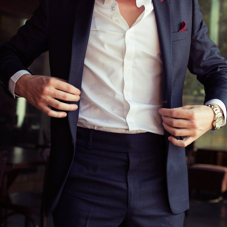 PIETER PETROS    CLASSIC I    Button up and get ready to rule the world! #Classic1 a #classy Dark-grey suit of #PIETERPETROS #FridayFeeling