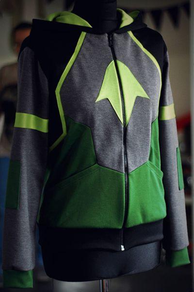 DC Comics Custom Made Character Sweatshirts Batman Robin | The Mary Sue  http://www.themarysue.com/dc-inspired-hoodies/#10